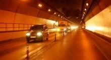 Kinh nghiệm lái xe trong hầm đường bộ bạn cần biết